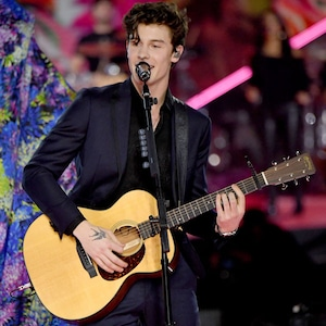Shawn Mendes, 2018 Victorias Secret Fashion Show, Runway