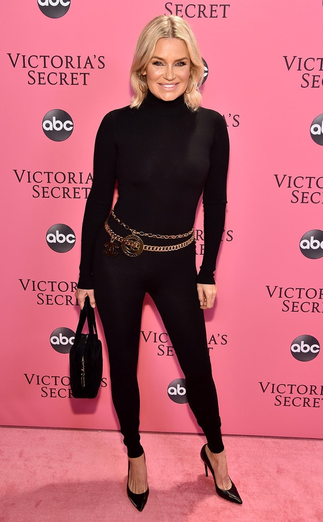 Yolanda Hadid, 2018 Victorias Secret Fashion Show, Arrivals