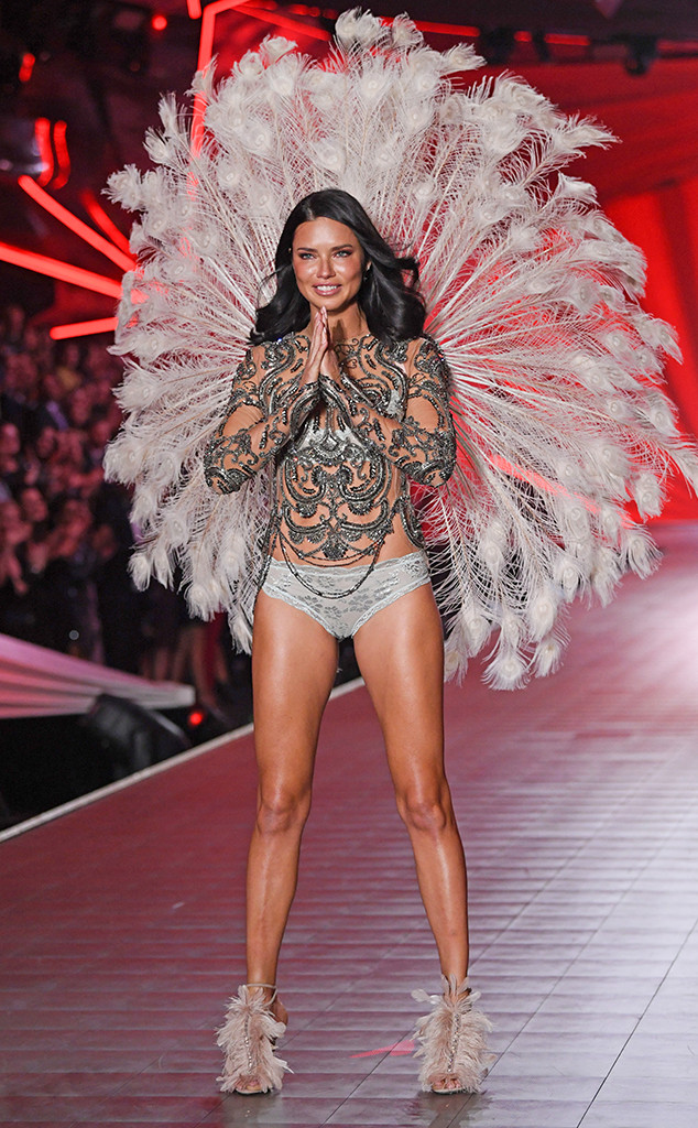 Adriana Lima, 2018 Victoria's Secret Fashion Show, Runway