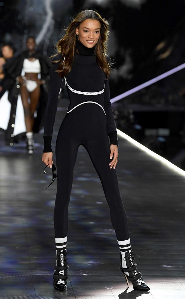 Lameka Fox, 2018 Victorias Secret Fashion Show, Runway