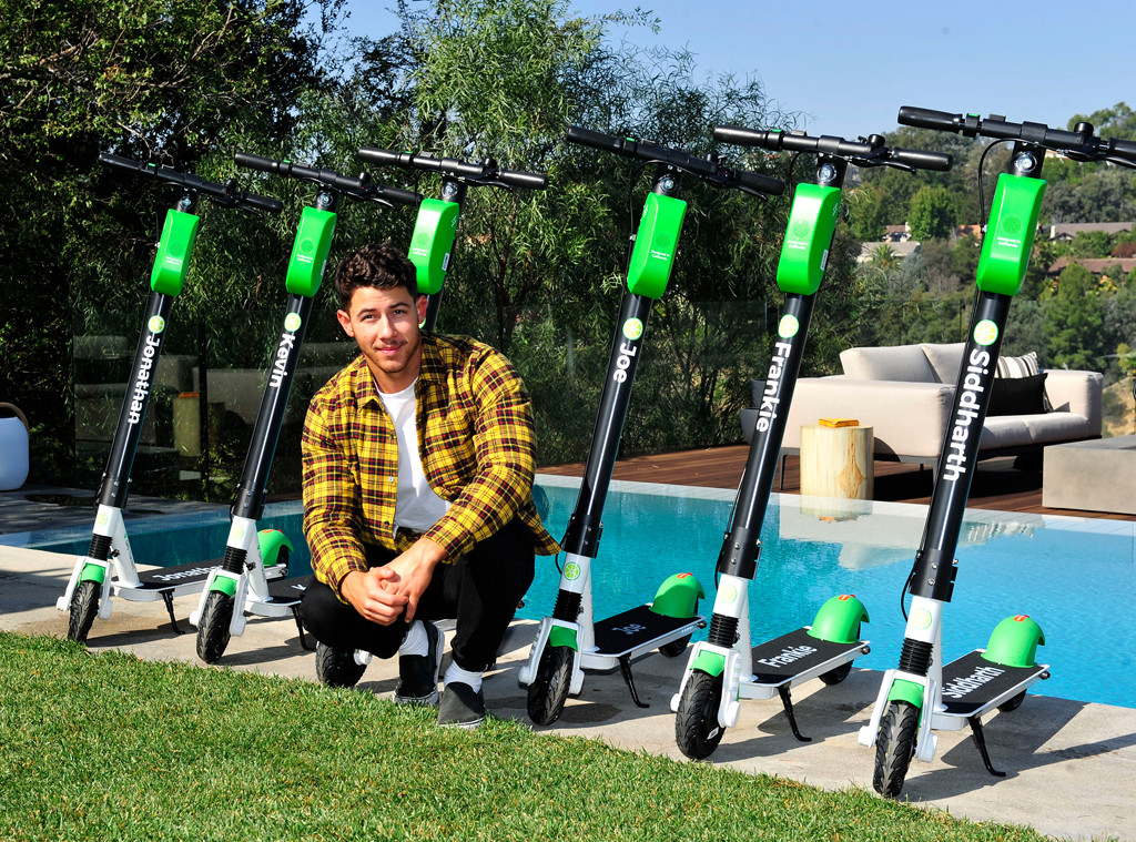Nick Jonas, Scooters