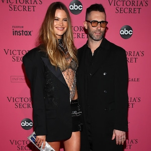 Behati Prinsloo, Adam Levine, Victoria's Secret Fashion Show 2018
