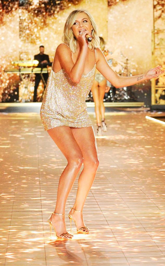 Kelsea Ballerini, 2018 Victorias Secret Fashion Show, Runway