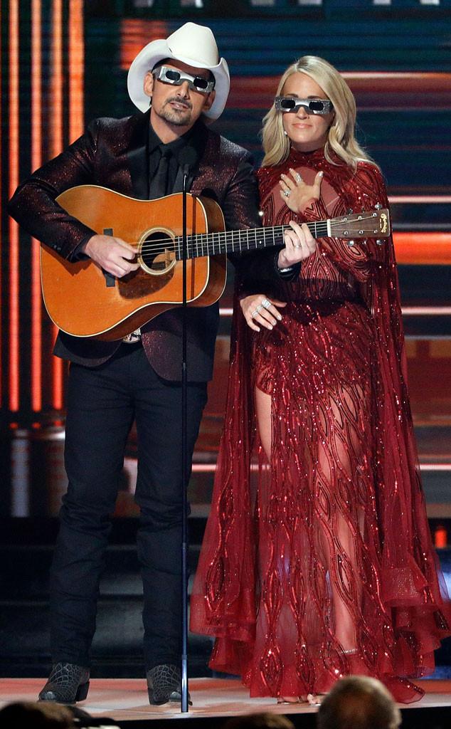 Brad Paisley , Carrie Underwood, CMA's