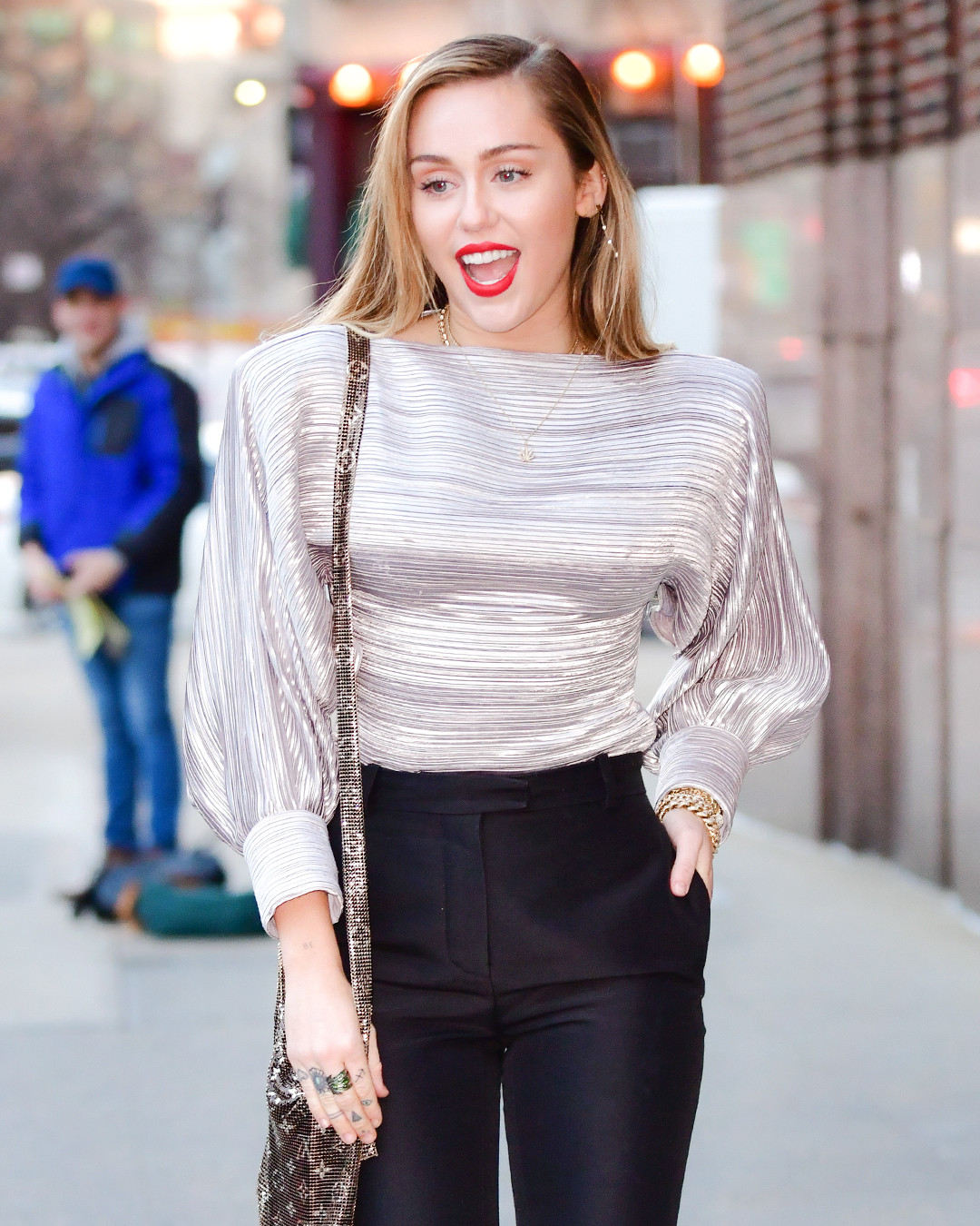 Miley Cyrus Crazy Cool Winter Wardrobe Is A Party In The