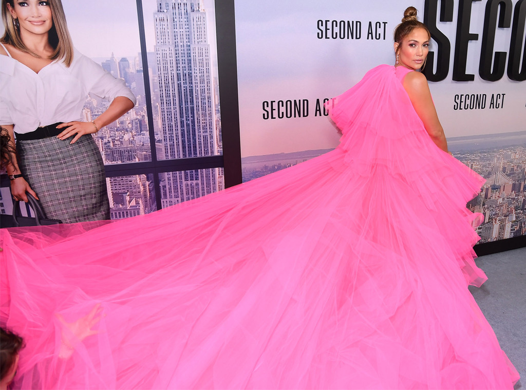 Jennifer Lopez's Red Carpet Dress Will Leave You Breathless