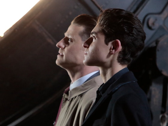 <i>Gotham</i> Final Season Poster Promises &quot;The Dark Knight Is Coming&quot;