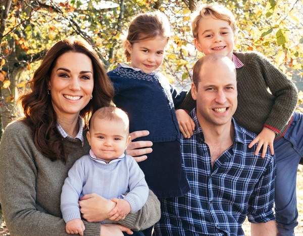 All the Details on Prince George, Princess Charlotte and Prince Louis' Christmas Card Looks