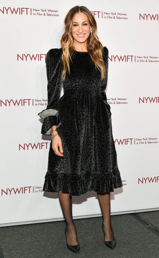 Leopard Style -  Actress Sarah  Jessica Parker  looks classy in a black velvet, leopard print dress at the 39th Annual Muse Awards in New York City.