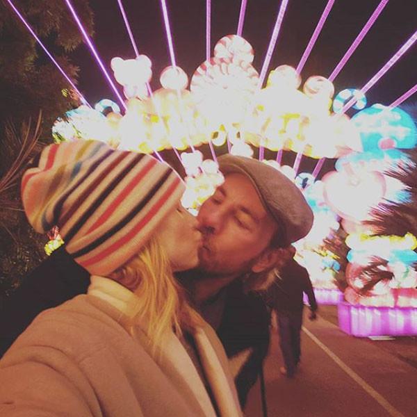 Kristen Bell, Dax Shepard, Kiss