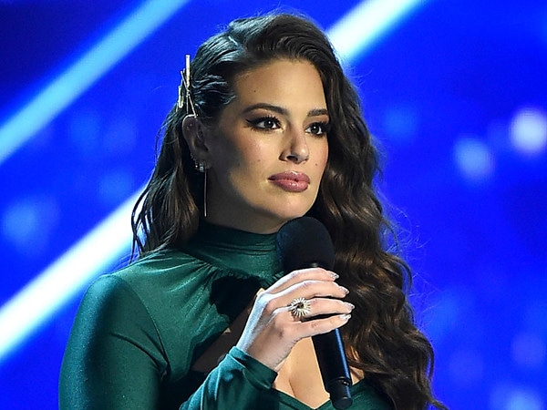 Ashley Graham Bruised After Backstage Fall at Miss Universe 2018