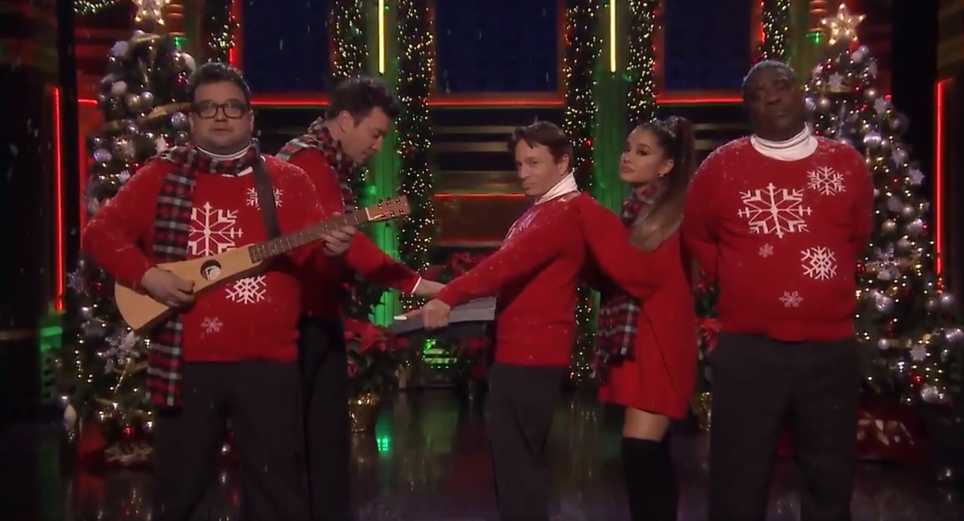 Ariana Grande Joins Jimmy Fallon & 'SNL' Alums for Epic Christmas Song Performance
