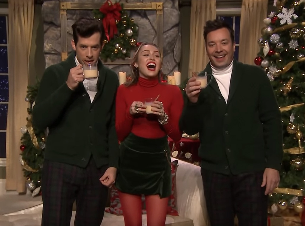 Jimmy Fallon Christmas.Miley Cyrus Feminist Re Imagination Of Santa Baby Is