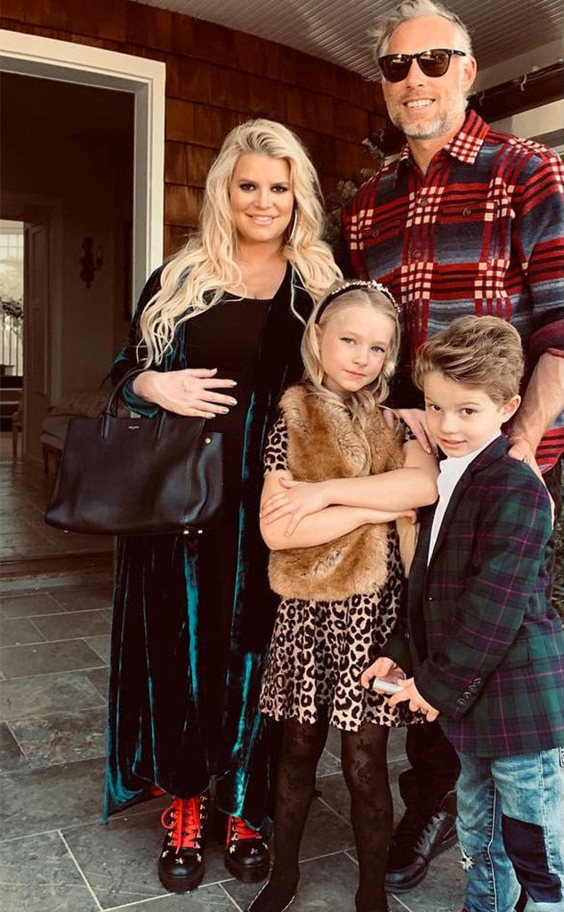 Jessica Simpson, Pregnant, Eric Johnson, Kids, Maxwell, Ace, Christmas 2018