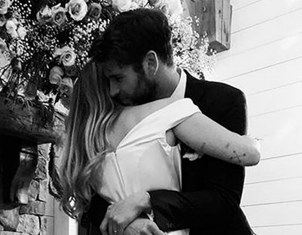 Take a First Look at Miley Cyrus' Beautiful Wedding Dress ... - photo #20
