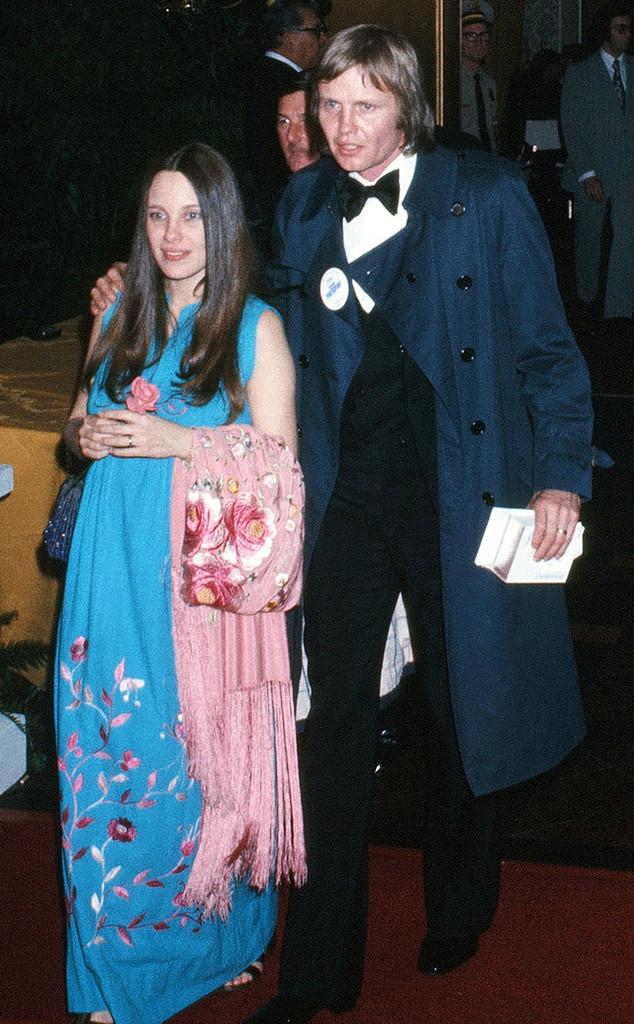 Jon Voight, Marcheline Bertrand, 1975 Oscars
