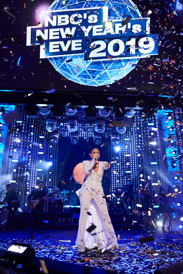 Your 2019 New Year's Eve TV Guide | E! News