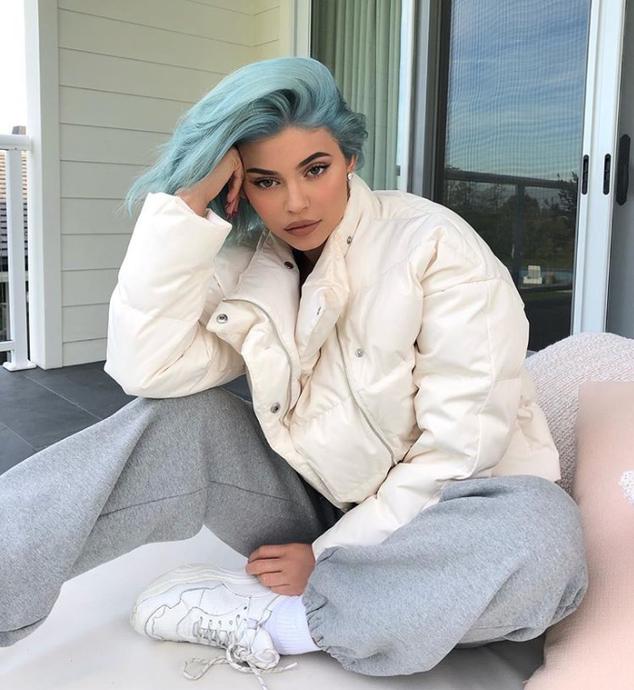 094702e9e02d47 December 2018 – Kylie News