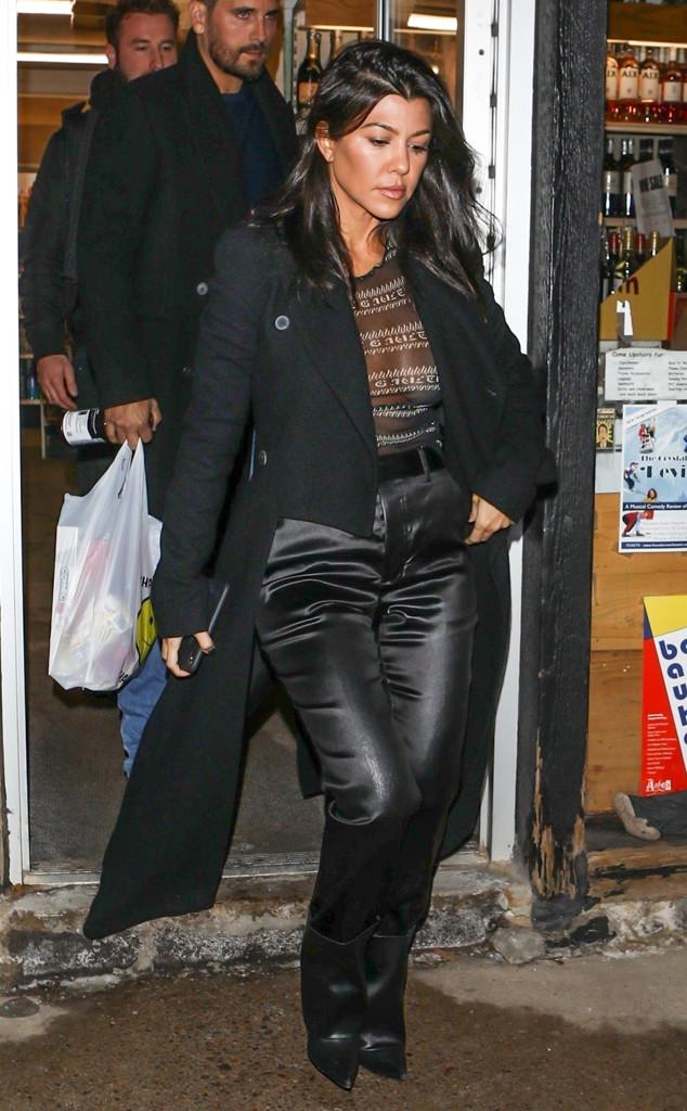 """Kourtney Kardashian Says She """"Wants to Be in Love Again"""""""