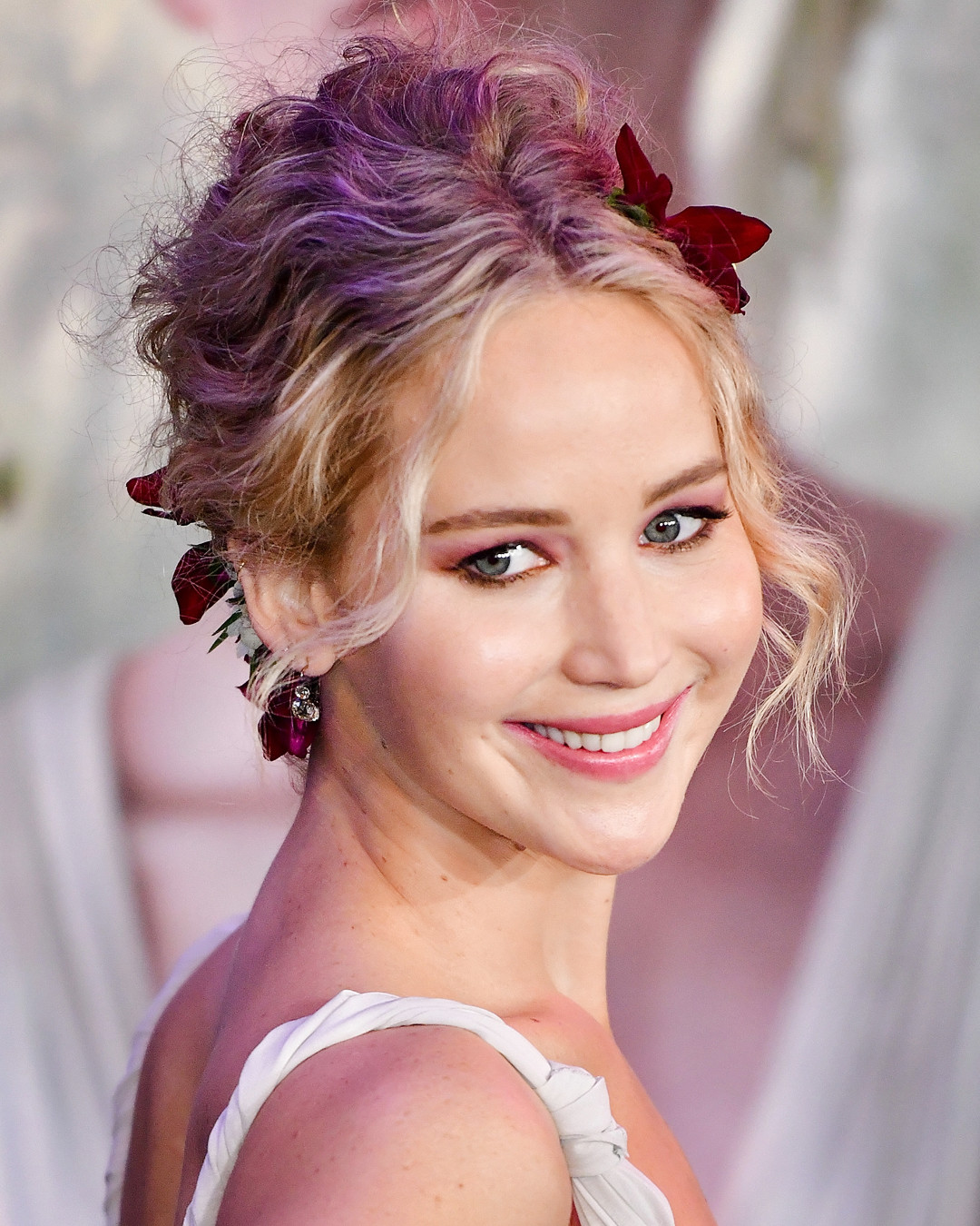 ESC: Jennifer Lawrence