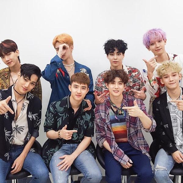 "EXO Awarded ""The Nation's Pick"" by Korean Tourism Organization"