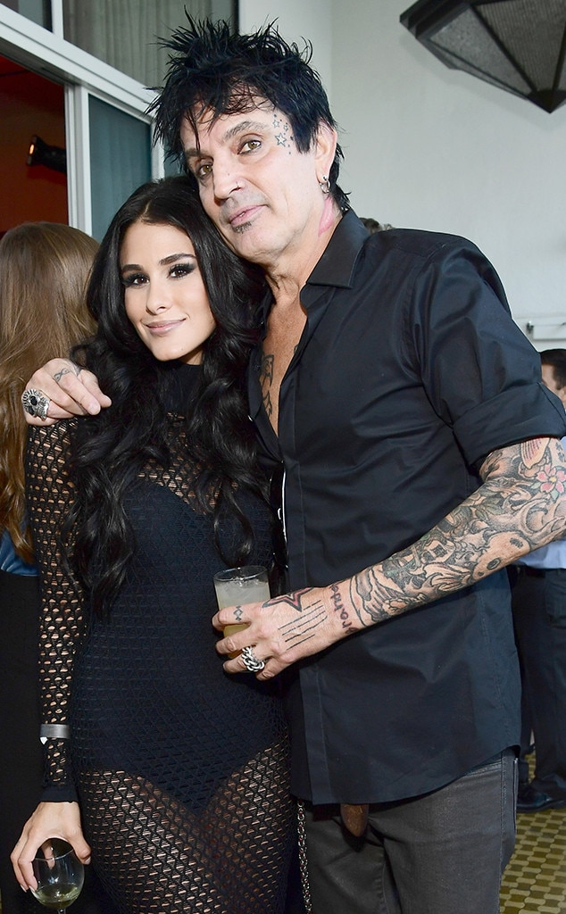 Tommy Lee dating Sofi lol matchmaking justering team byggare