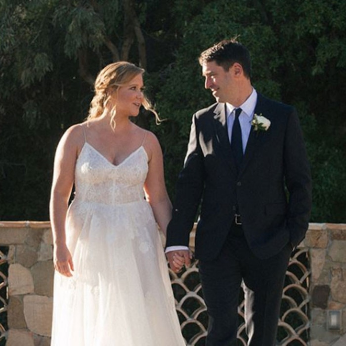 inside amy schumers road to having a completely secret wedding e news