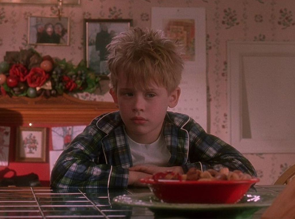 Home Alone, Kevin in Pajamas