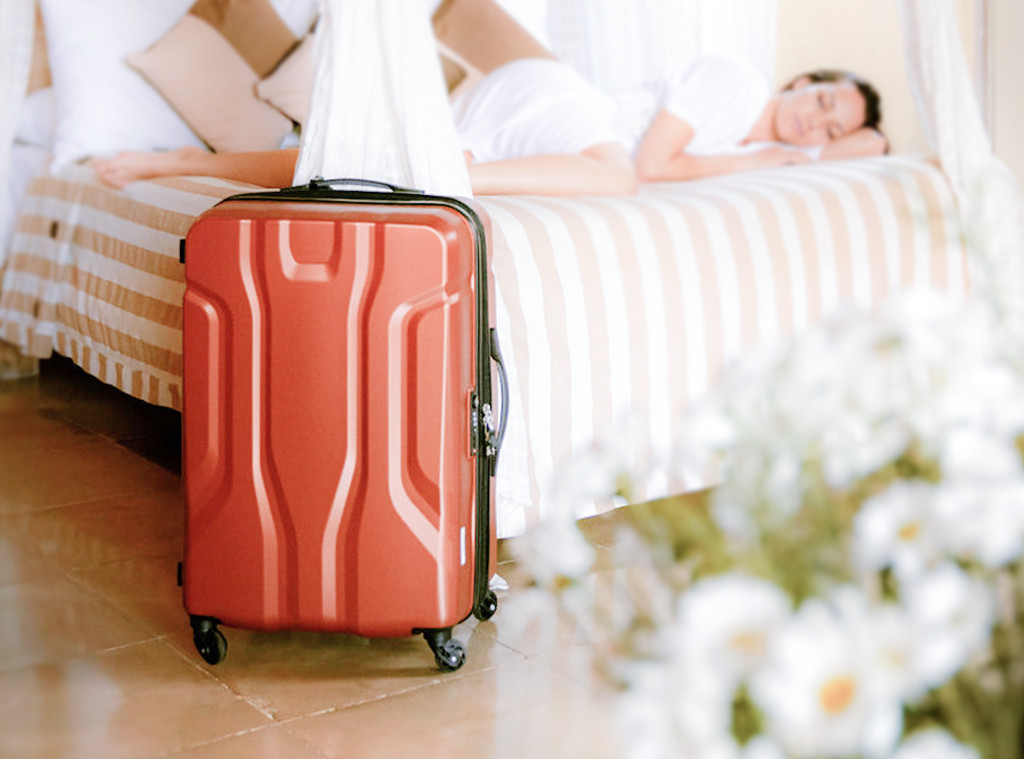 Trendy Travel Items That'll Make You Look Like a Celeb