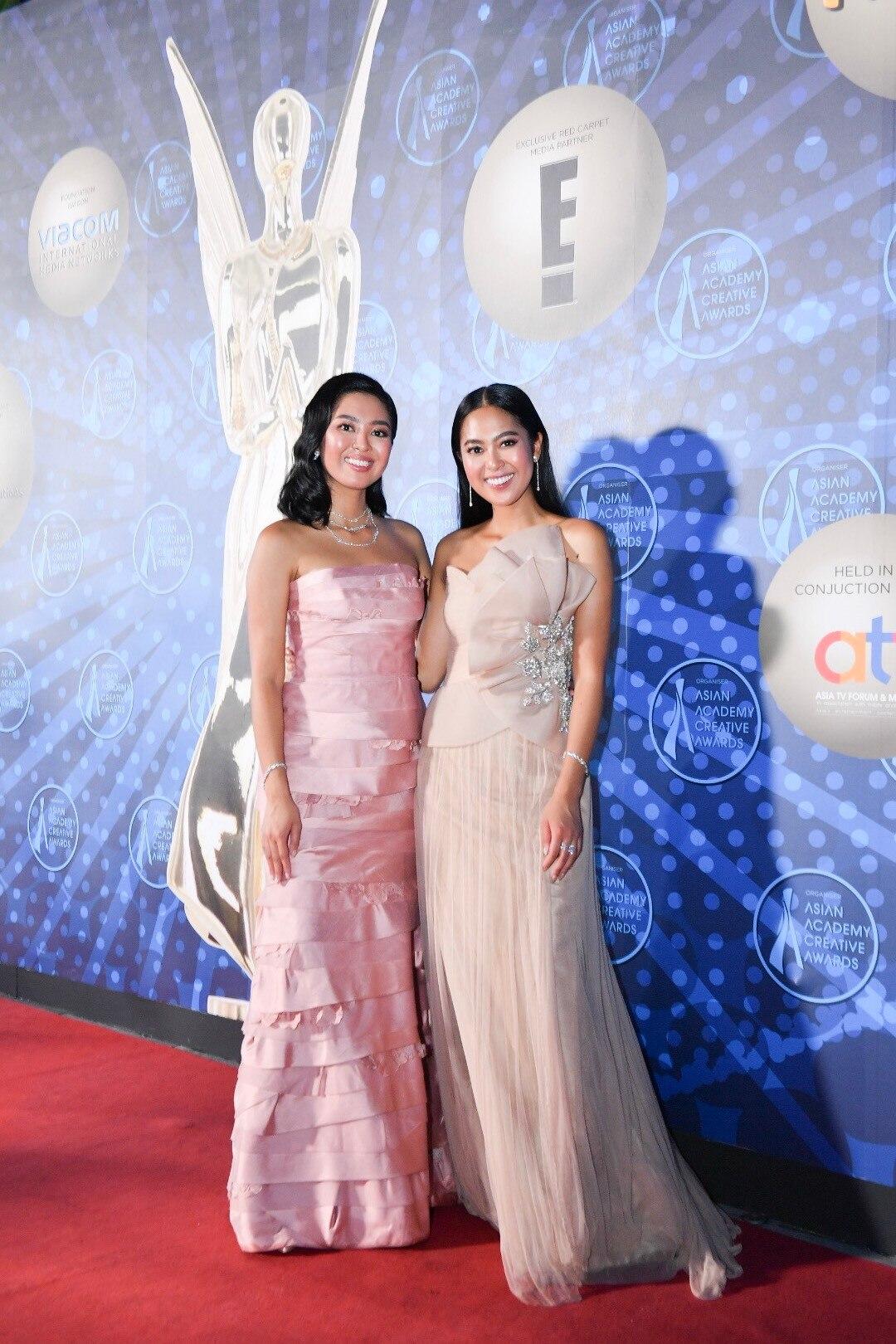 Elizabeth Rahajeng, Maria Rahajeng, 2018 AACAs Red Carpet