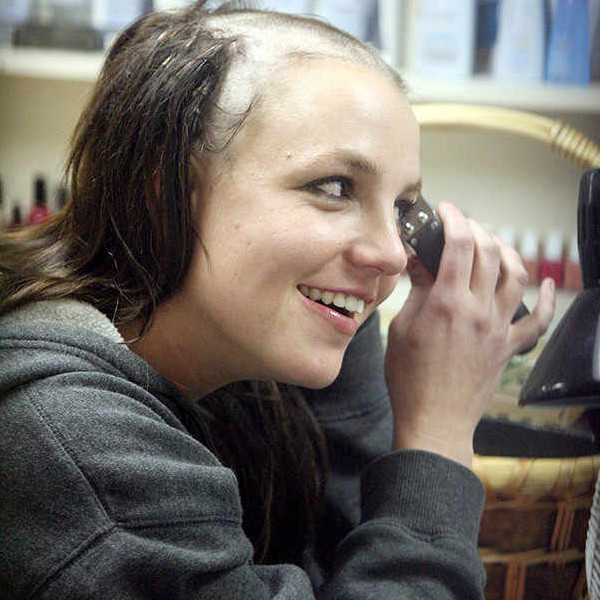 Britney Spears, Shaving Head