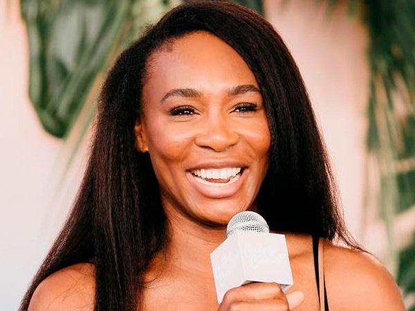 "Venus Williams Opens Up About Why She ""Admires"" Sister Serena Williams"