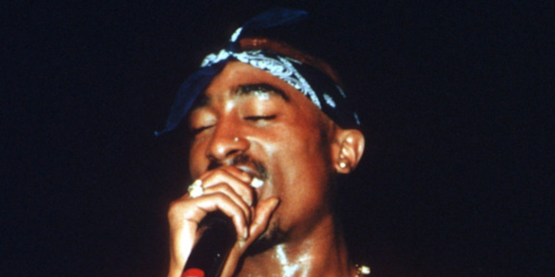 The Unsolved Murder of Tupac Shakur: Untangling the Many Conspiracy Theories Regarding the Rapper's Death - E! Online.jpg