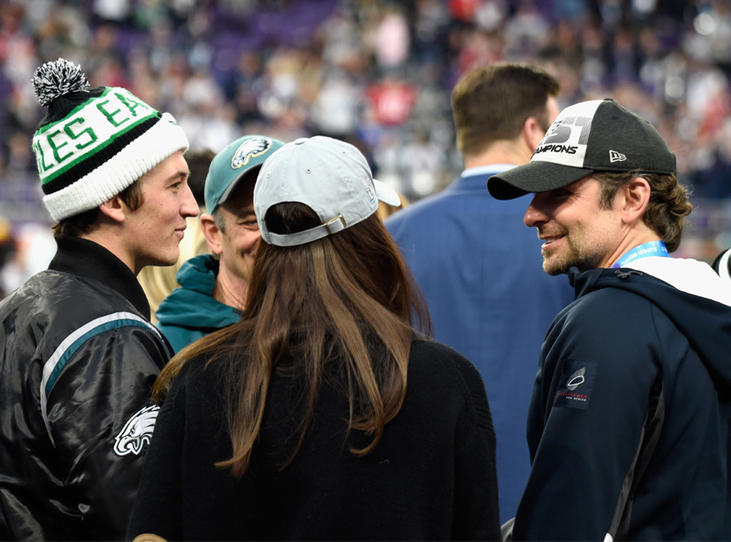 Bradley Cooper, Miles Teller, Super Bowl LII, celebs