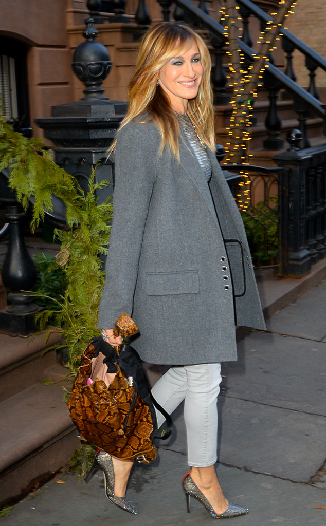 Sarah Jessica Parker Debuts Her Blonder And Shorter New Haircut E Online