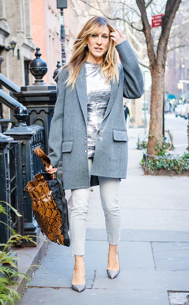 Sarah Jessica Parker From Best Celeb Street Style From Nyfw Winter 2018 E News Canada