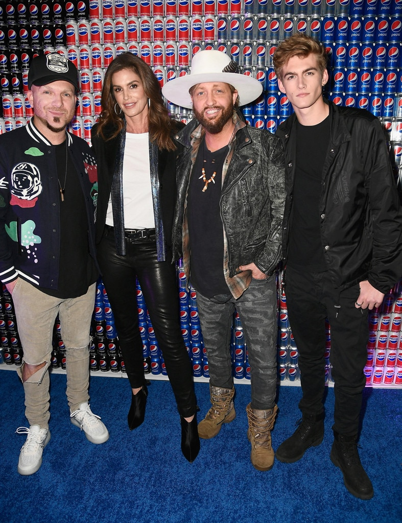 Chris Lucas, Cindy Crawford, Preston Brust, Presley Gerber