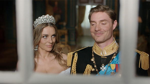 The Royals 401, Elizabeth Hurley, Max Brown