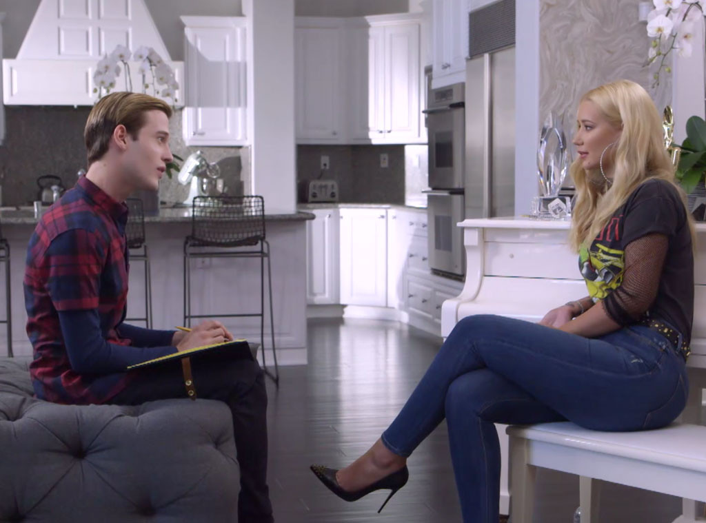 Iggy Azalea, Tyler Henry, Hollywood Medium With Tyler Henry