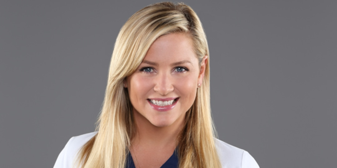 Watch Jessica Capshaw Reunite With the Grey's Anatomy Cast for a Good Cause - E! Online.jpg