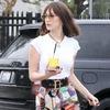 ESC: Dare to Wear, Bella Hadid