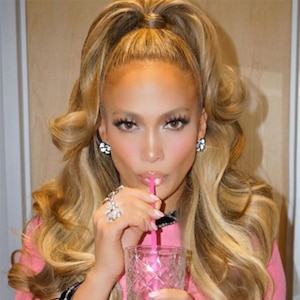 Vanity Fair Magazine December 2017 Jennifer Lopez and