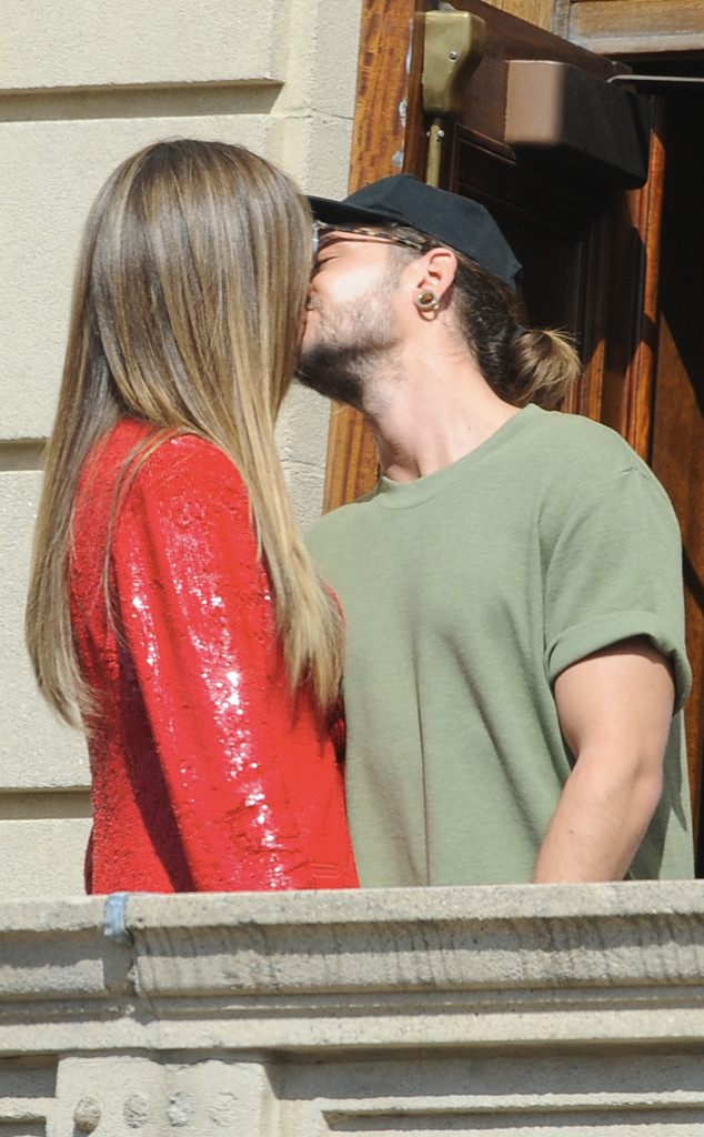 Heidi Klum Spotted Kissing Tokio Hotel Rocker Tom Kaulitz | E! News