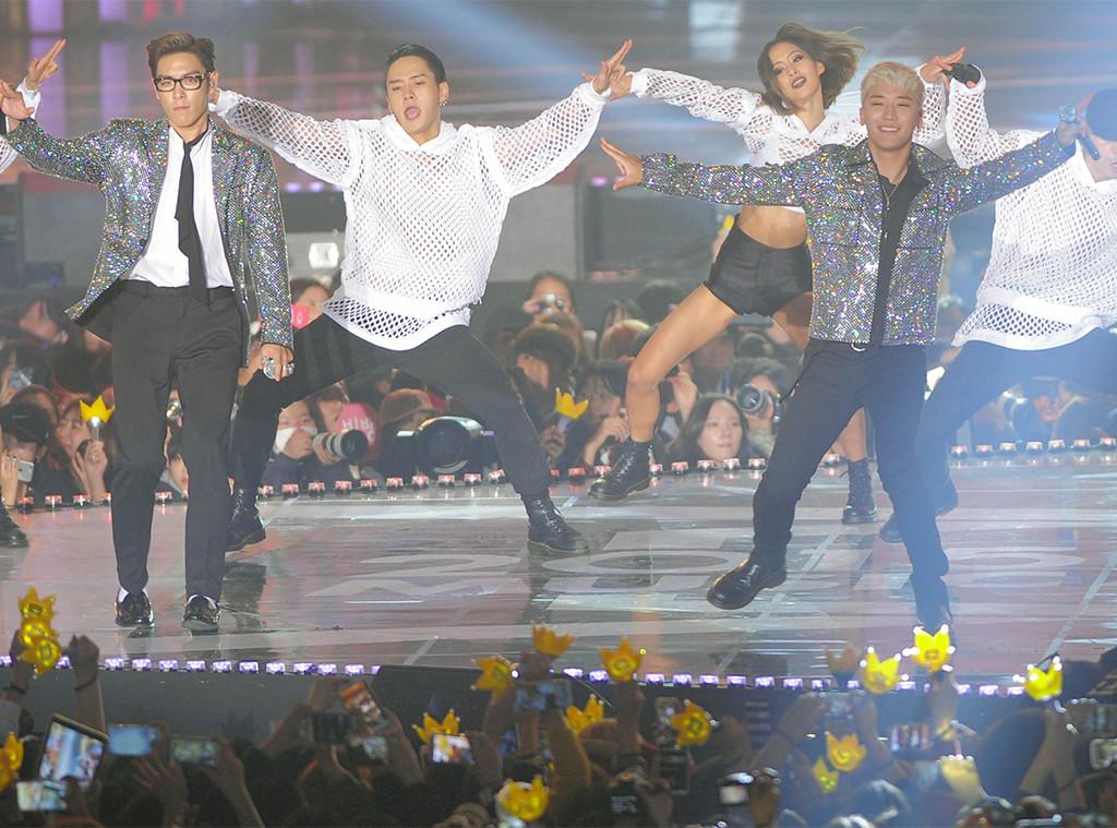 Inside the Sadness Plaguing K-Pop | E! News