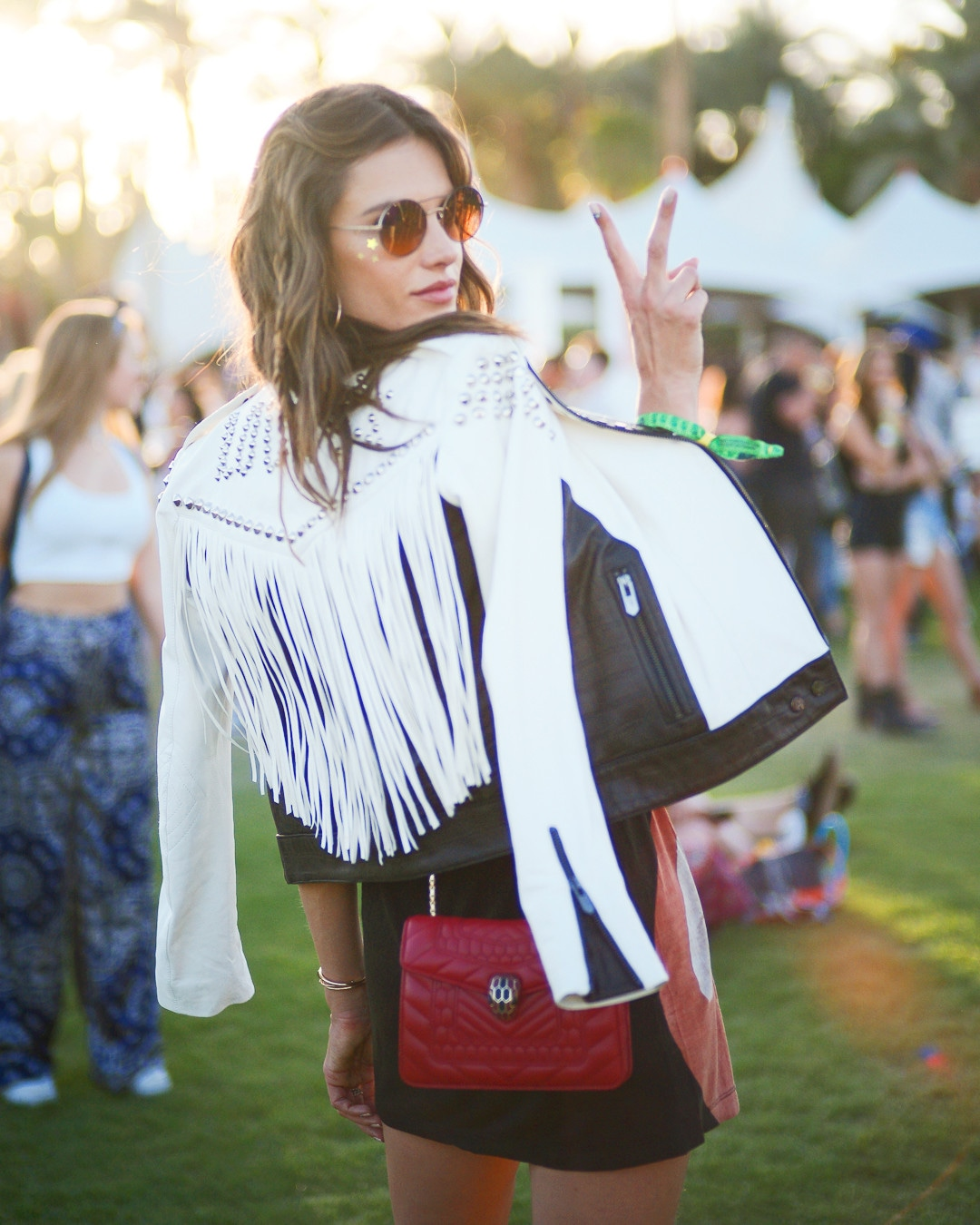 ESC: Alessandra Ambrosio, Coachella Beauty