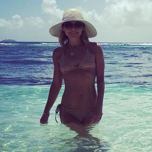 Kelly ripa bikini body think