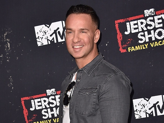 """Mike """"The Situation"""" Sorrentino Celebrates 33 Months of Sobriety"""