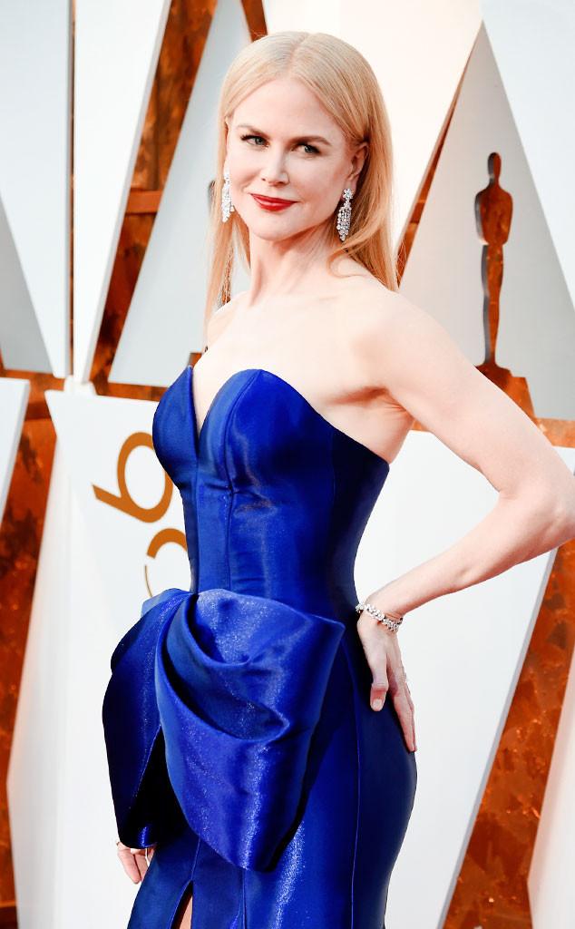 ESC: Nicole Kidman, Bows