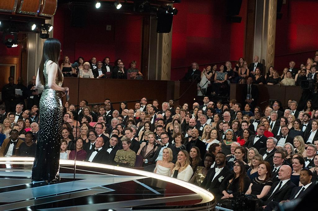 Sandra Bullock from Oscars 2018: Candid Moments | E! News