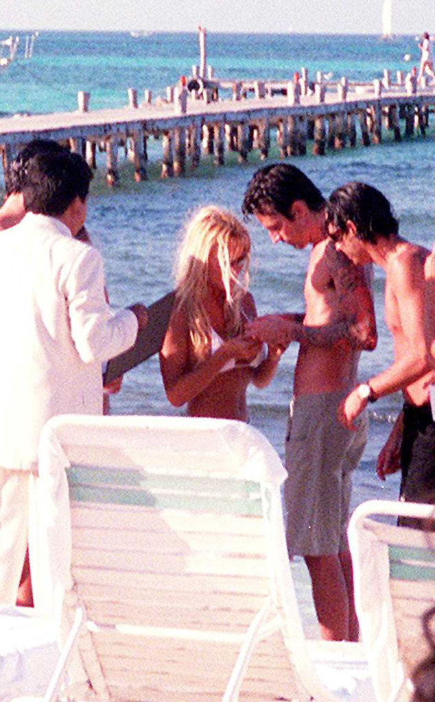 Pamela Anderson, Tommy Lee, Mexico Wedding, 1995